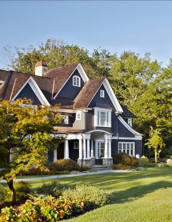 How to pick the exterior paint colors match best with the - Brown house with white trim ...