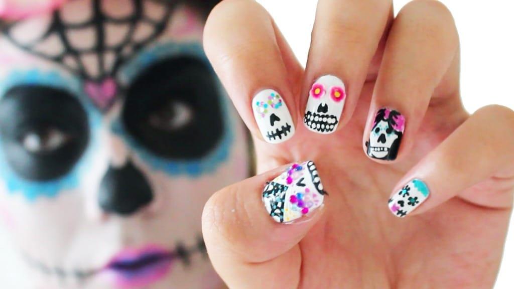 Halloween Nail Art Ideas - Style & Designs