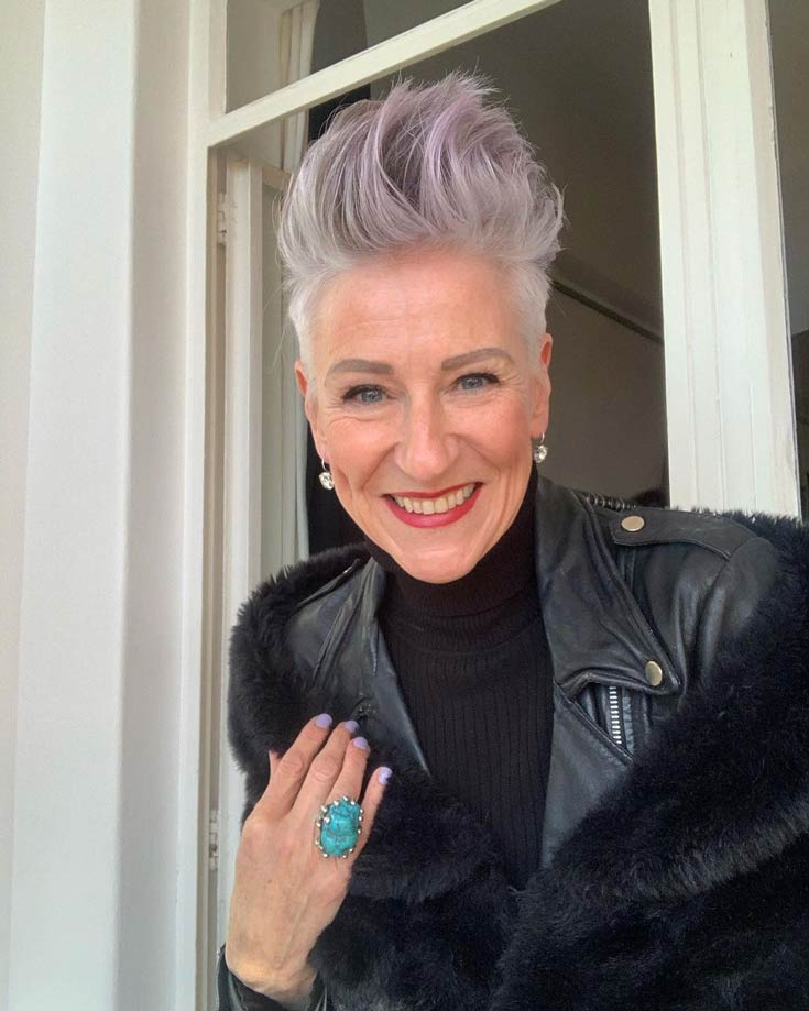 20 Gorgeous Unicorn Hairstyles For Women Over 60