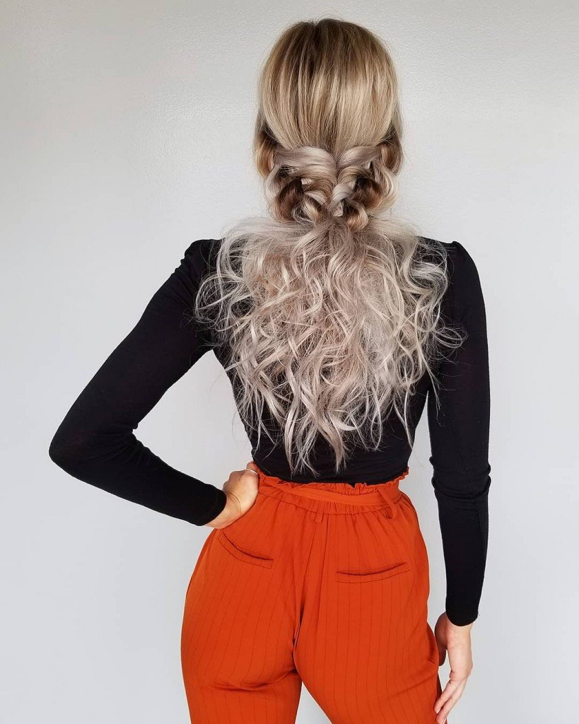 20 Christmas Hairstyles To Rock This Holiday Season