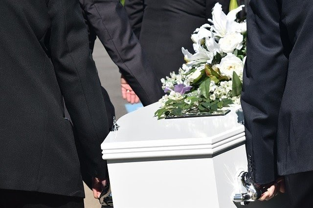 6 Creative Ways You Can Personalize Your Dearly Departed's Funeral