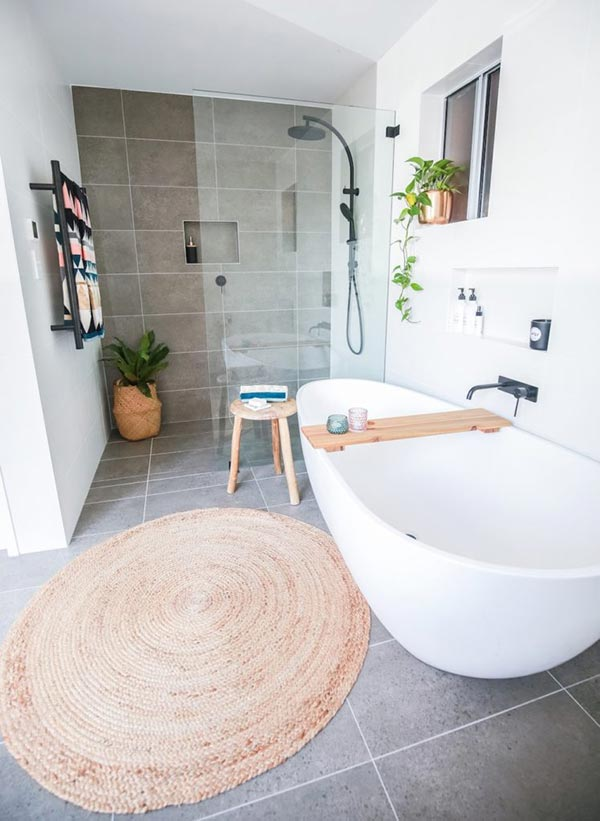 10 Ideas To Spice Up Your Small Bathroom