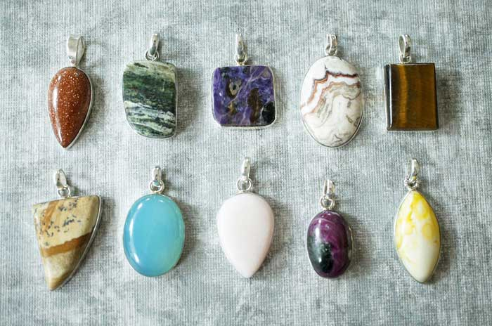 Wearing Pendants and Charms for Good Luck – Yes! They Work