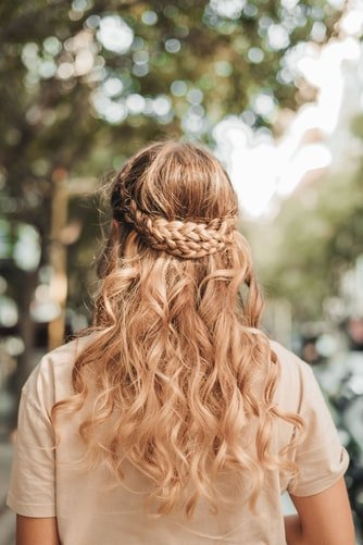 Want A Hairstyle Change? Try These Stylish New Trends